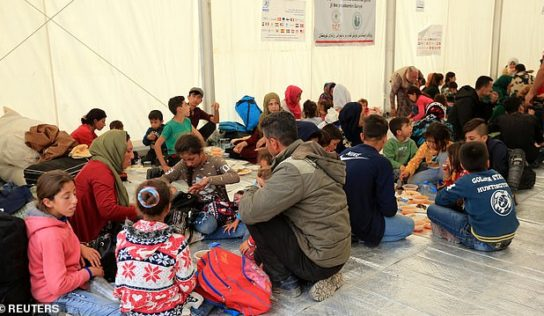 Turkey sends 6,000 Syrians from Istanbul to temporary centers