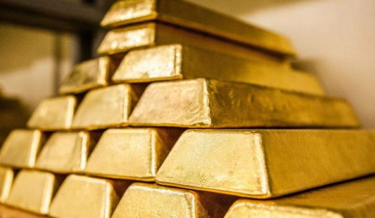 Russia's keeps stockpiling gold as bullion prices continue to surge