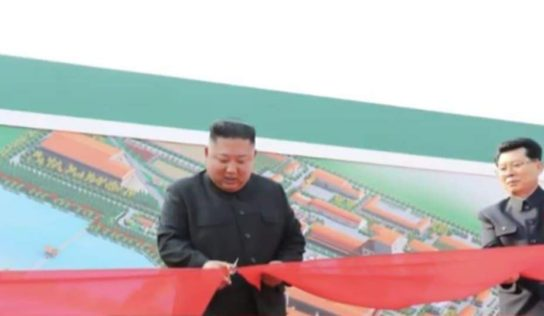 Kim Jong-un Inspects a Fertiliser Plant After Weeks-Long Absence