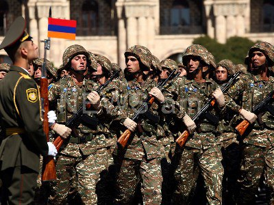 Armenian army destroys 4 Azerbaijani armored vehicles