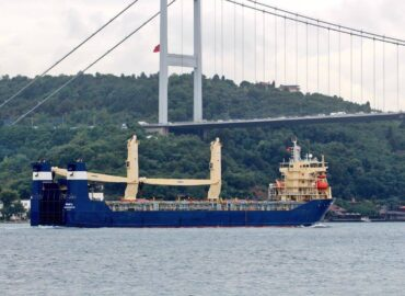 Turkey rescus Russian Ship off the showers of the black sea