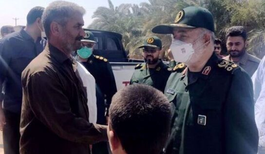 Gen. Salami: IRGC to stay with people of sacred Khuzestan to resolve problems