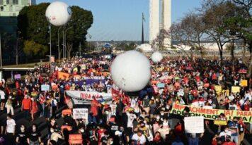 Brazilians March to Demand Bolsonaro's Impeachment