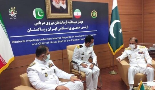 Iranian-Pakistani Joint Naval Cooperation Discussed