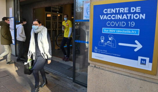 One Covid vaccination or screening center vandalized in France per day on average since mid-July – reports