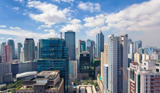 Philippines' Economy Grows at Record Pace Amid COVID-19 Outbreak