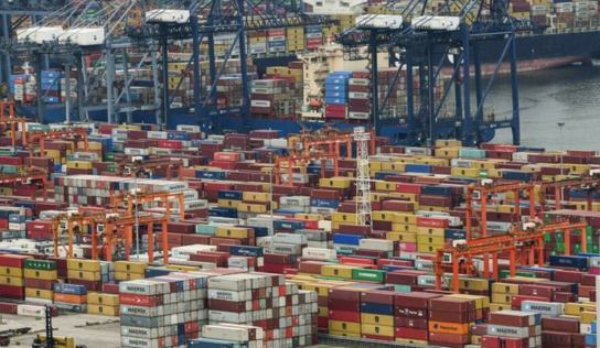 China Reopens One of the World's Major Ports