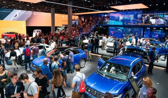 Germany's Auto Show Eyes More Eco-Friendly Image