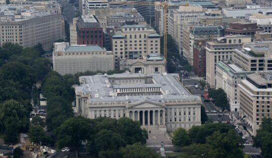 US Treasury allows personal remittances to flow to Afghanistan