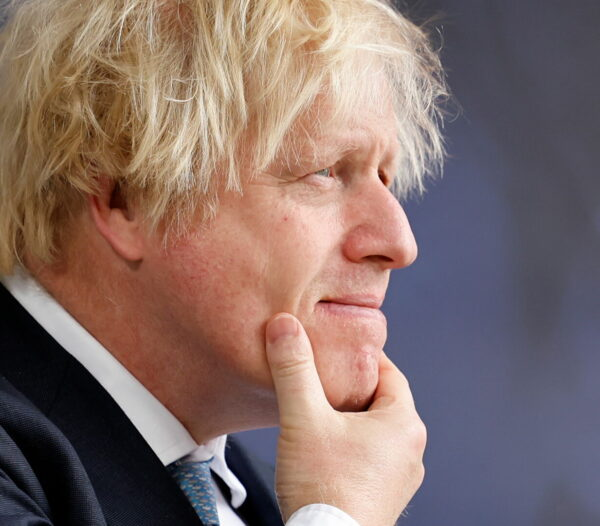 BoJo Reluctant to Activate COVID Response 'Plan B', Is 'Watching the Numbers Very Carefully'