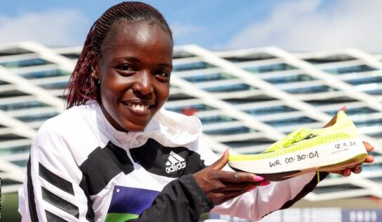 Kenyan athlete Agnes Tirop found dead with stab wounds .