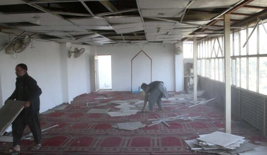About 100 people killed by explosion in mosque in northern Afghanistan — report .