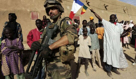Mali has evidence French forces train militant groups on its territory, country's prime minister says .