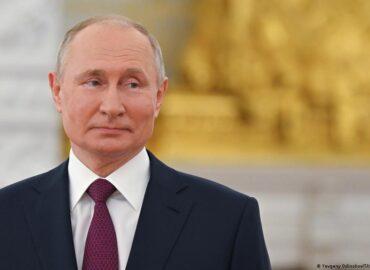 Putin hails Hezbollah's role in Lebanese politics